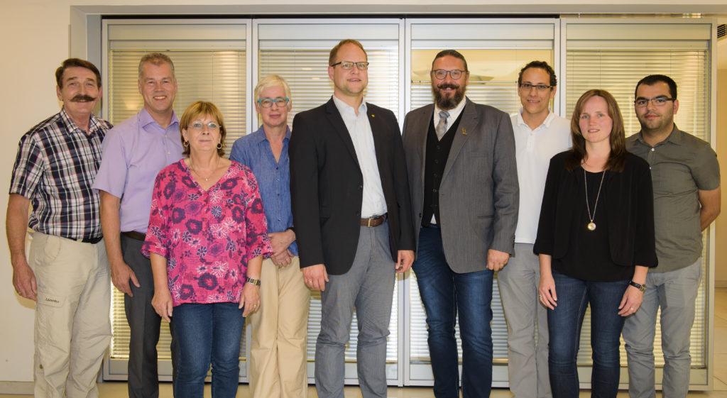 Der Vorstand des Gewerbevereins mit Neuhofs Bürgermeister Heiko Stolz (Mitte). Foto: Fotostudio Lippert