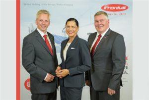 Die Geschäftsführung der Fronius Deutschland GmbH (v.l.): Ulrich Winter, Heike Zahn und Thomas Braune.
